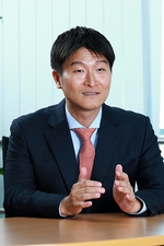Kim Dong Hyu